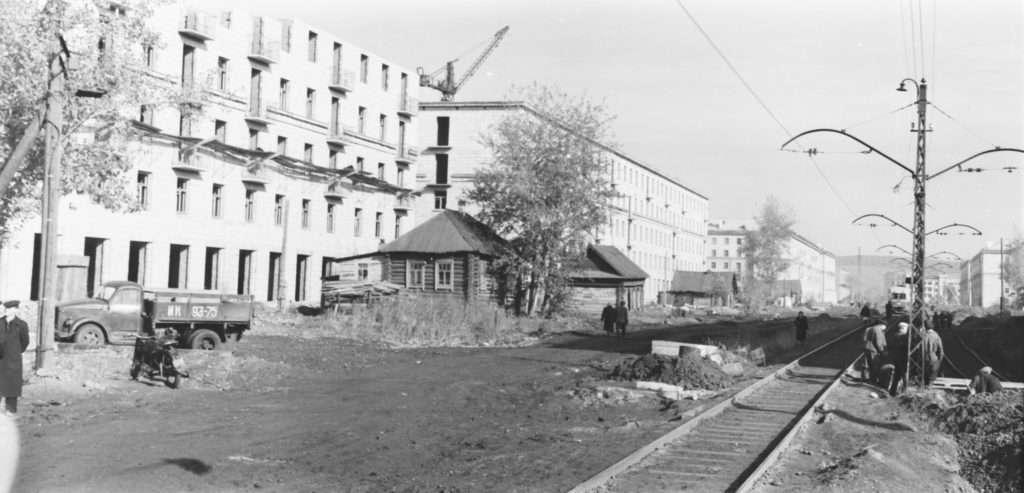 gku-ko-gako_fotofond_op_1neg_d_217_l_1_ulica-vesennjaja_1950-e.jpg